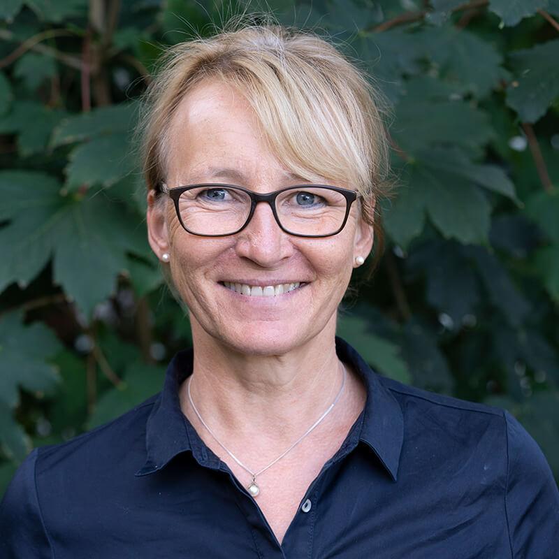 Marion Ebach